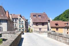 24 de junio de 2015 Aubusson, la Creuse, Francia, Pont de la Terrade y t Foto de archivo