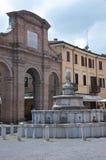 10 de junio de 2016 cuadrado de Rímini-Italia Cavour en Rímini en la región de Emilia Romagna, Italia Imagen de archivo libre de regalías
