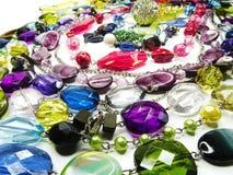 De juwelen van kristallenparels als manierachtergrond Stock Afbeelding