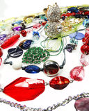 De juwelen van kristallenparels als manierachtergrond Royalty-vrije Stock Foto's