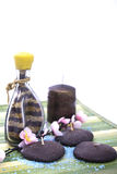 De kaars en de bloem van Aromatherapy stock foto's
