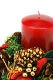 De kaars van Kerstmis op witte achtergrond (het knippen inbegrepen weg) Stock Foto