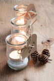 De kaarsen van Ecokerstmis voor diner Stock Afbeelding