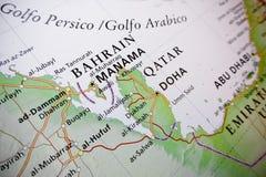 De kaart, de zaken en de financiële ruimte van Bahrein stock foto