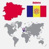 De kaart van Andorra op een wereldkaart met vlag en kaartwijzer Vector illustratie vector illustratie
