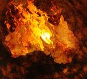 De kaart van Australië op brand Stock Afbeeldingen