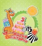 De kaart van de babyverjaardag met girafe en gestreepte, grote cake Stock Afbeeldingen