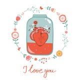 De kaart van de conceptenliefde met hart in kruik en bloemen Stock Afbeelding
