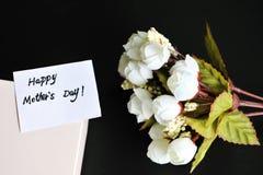 De kaart van de moedersdag met bloem stock fotografie