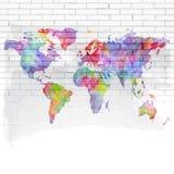 De kaart van de waterverfwereld op een bakstenen muur Royalty-vrije Stock Afbeeldingen