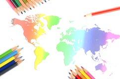De kaart van de wereld en kleurenpotlood Royalty-vrije Stock Afbeelding