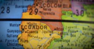 De kaart van het land van Peru op de bol stock footage