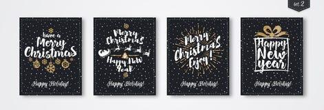 De kaart van de Kerstmisgroet met bestaand het teken Gelukkig Nieuwjaar dat van de embleem gouden stijl wordt geplaatst Stock Afbeeldingen