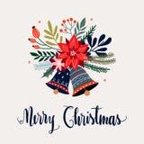 De kaart van de Kerstmisgroet met hand het van letters voorzien, poinsettia en seizoengebonden boeket royalty-vrije stock foto's