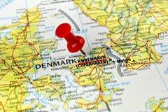 De kaart van Kopenhagen met speld stock fotografie