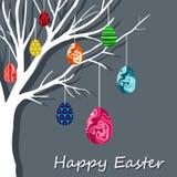De kaart van Pasen met het hangen van eieren Stock Afbeeldingen