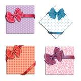 De kaarten van de gift met lint. Stock Afbeeldingen