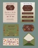 De kaartreeks van de huwelijksuitnodiging met bloemmalplaatjes Stock Afbeeldingen