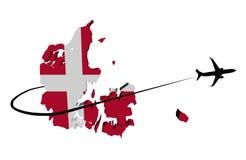 De kaartvlag van Denemarken met vliegtuig en swoosh 3d illustratie vector illustratie
