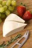 De kaas van de geit Stock Afbeeldingen