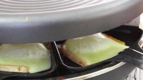 De kaas van Raclette stock footage