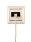 De kabel met schakelaar rj-45 wordt verbonden met een muurafzet Royalty-vrije Stock Fotografie