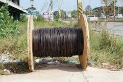 De kabel rolt zwarte Stock Foto's