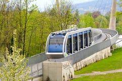 De kabelbaan van de spoorweg in Innsbruck Stock Foto's