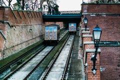 De kabelbaan van de het kasteelheuvel van Boedapest stock afbeeldingen