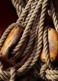 De kabels van het schip stock afbeeldingen
