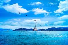 De kabelwagen bij het strand van Nha Trang Royalty-vrije Stock Afbeeldingen