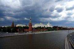 De kade van het Kremlin Royalty-vrije Stock Afbeeldingen