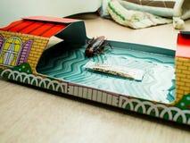 De kakkerlakken sloten valdozen opgesloten kakkerlakken in kitche op royalty-vrije stock foto's