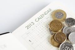 De kalender en de rekeningen Royalty-vrije Stock Afbeeldingen