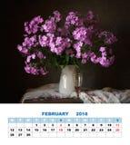 De kalender Februari 2018 van de ontwerppagina Boeket van floxxen Stock Afbeeldingen