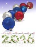 de kalender van 2016 Beeld van het close-up van vele Kerstmisballen Stock Afbeeldingen