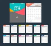 de kalender van 2018 Modern het ontwerpmalplaatje van de bureaukalender Stock Afbeeldingen