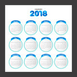 de kalender van 2018 Modern het ontwerpmalplaatje van de bureaukalender Weekbegin Royalty-vrije Stock Foto's