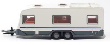 De kampeerautoaanhangwagen van het stuk speelgoed stock afbeelding