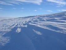 De kant van de berg in de winter Royalty-vrije Stock Afbeeldingen