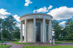 De Kapel bij de Amerikaanse Begraafplaats en het Gedenkteken van Normandië Royalty-vrije Stock Foto