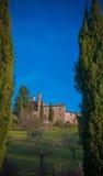 De Kapel van San Galgano in Montesiepi, Toscanië Stock Afbeelding