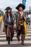 De karakters kleedden zich zoals piraten in San Diego, Californië Stock Fotografie