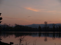 De Karpaten en zonsondergang stock afbeelding