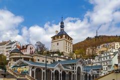 De kasteeltoren, Karlovy varieert, Tsjechische republiek Royalty-vrije Stock Afbeeldingen
