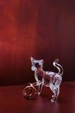 De kat van het kristal met trouwringen Stock Fotografie