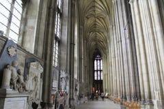 De Kathedraal binnenlands Engeland van Canterbury stock afbeeldingen