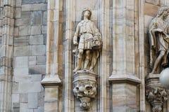 De kathedraal Duomo, Koepel, David van Milaan met goliathhoofd Stock Afbeeldingen