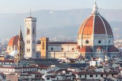 De kathedraal Santa Maria del Fiore van Florence in zonsondergang royalty-vrije stock foto's