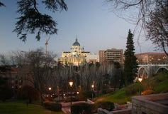 De Kathedraal van Almudena in Madrid Stock Afbeelding